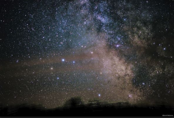 Milky way pic by Sky and Telescope.JPG